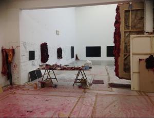 Het atelier van Kapoor. Foto: Joke de Wolf